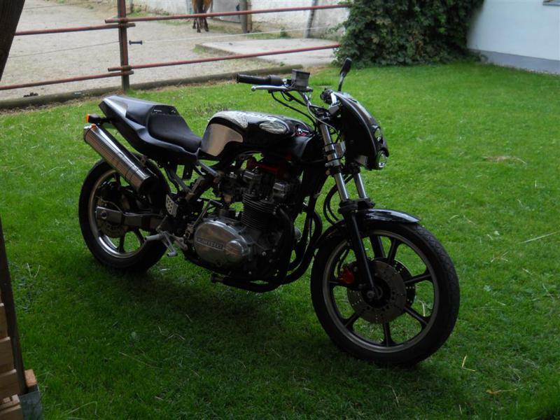 kawasaki-z750-b3