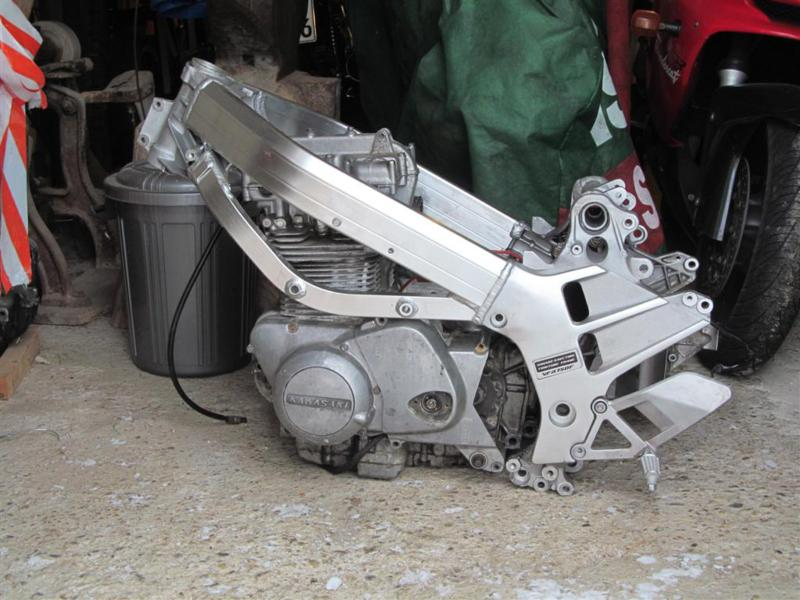vfr-twin-motor